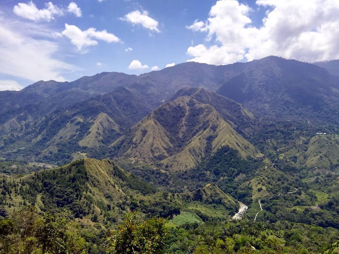 Paket Tour Makassar Toraja Sengkang Bira Tour 6 H5m
