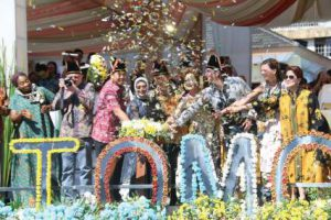 Tomohon International Flower Festival @ Kota Tomohon