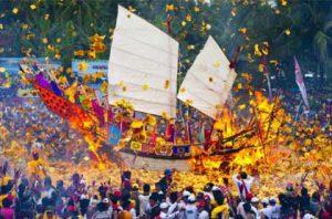 Festival Bakar Tongkang @ Riau