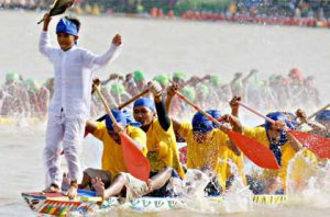 Festival Pacu Jalur Tradisional @ Kabupaten Kuantan Singingi, Riau